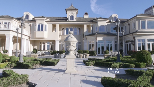 Grand Luxury in Thousand Oaks