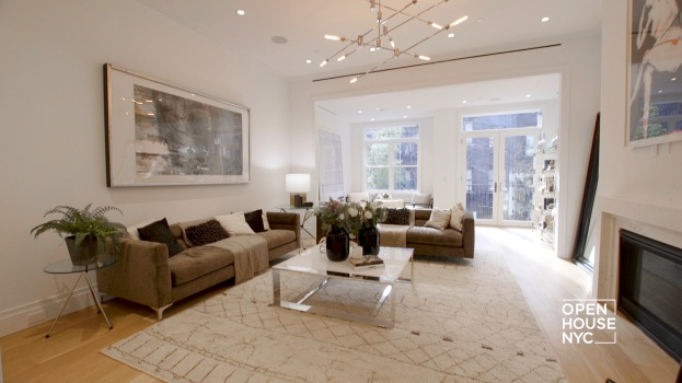 Meridith Baer Shows Us an NYC Townhouse