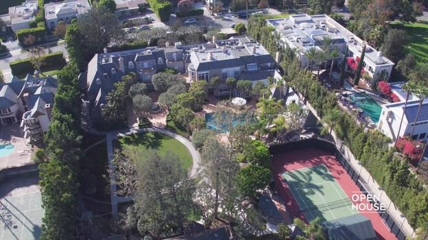 Home Tour: Beverly Hills Opulence