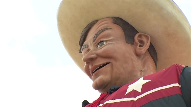 Big Tex Wants Clean Hands at the State Fair of Texas