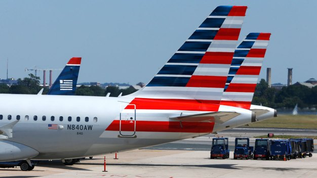 American Airlines Will Continue to Overbook Flights