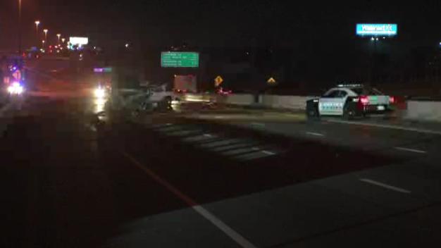 Deadly Crash Closes NB I-35E in Dallas