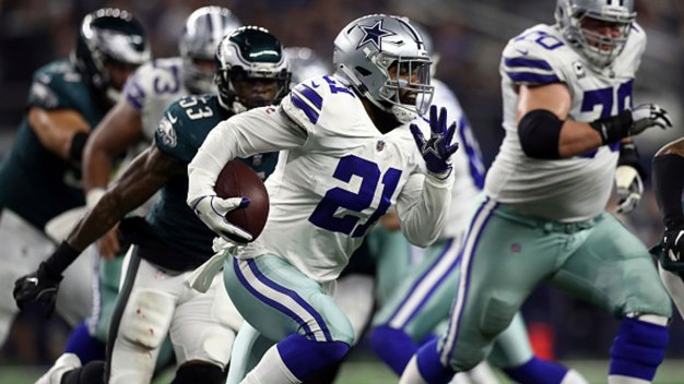 Ezekiel Elliott 1st Offensive Player Fined for Helmet Use