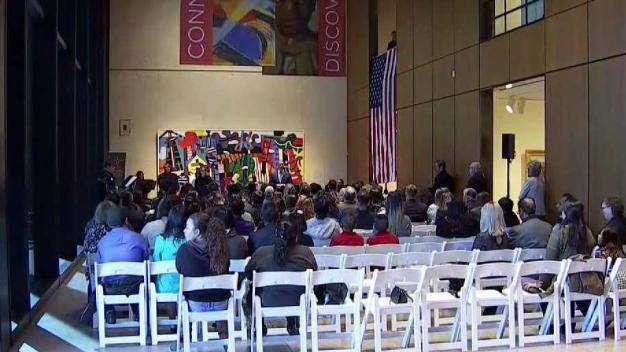 Dozens of Immigrants to Become US Citizens Monday