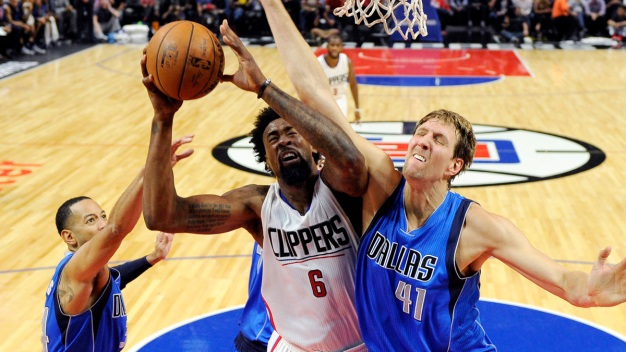 Mavs Further Tormented By DeAndre Jordan's Award