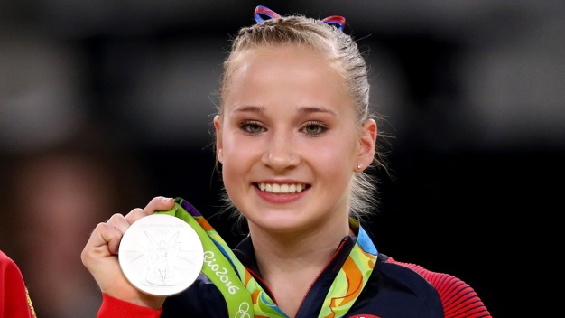 Olympian Madison Kocian Arrives Home at D/FW