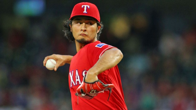 Darvish Homers, Rangers Beat Reds 6-5 for 2-Game Split