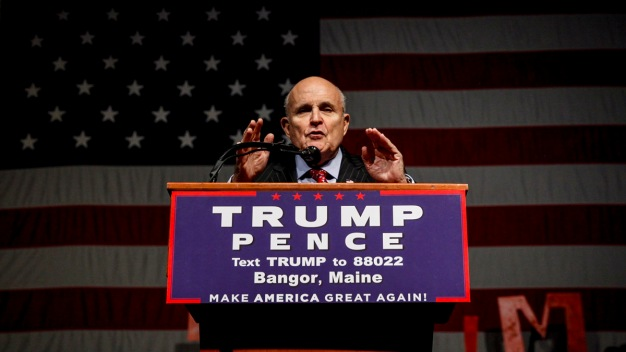 Giuliani No Longer in Running for Trump Cabinet Position