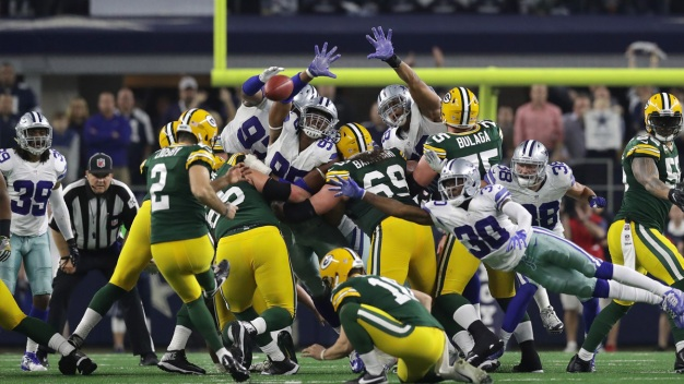 Packers Top Cowboys 34-31 on Improbable Throw