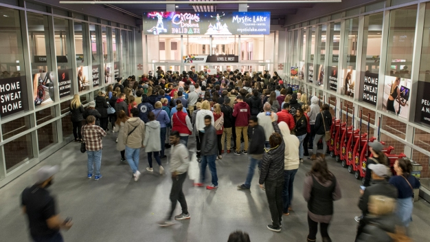 There is Help Keeping Track of Holiday Sales Black Friday Weekend
