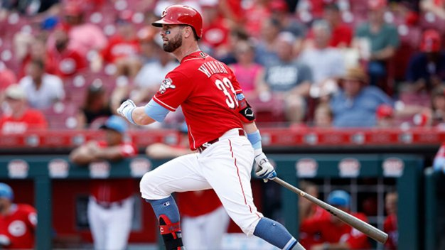 Winker Paces Reds With 5 RBIs in Rout Over Rangers