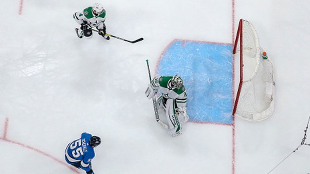 Mark Scheifele Scores in OT, Jets Beat Stars