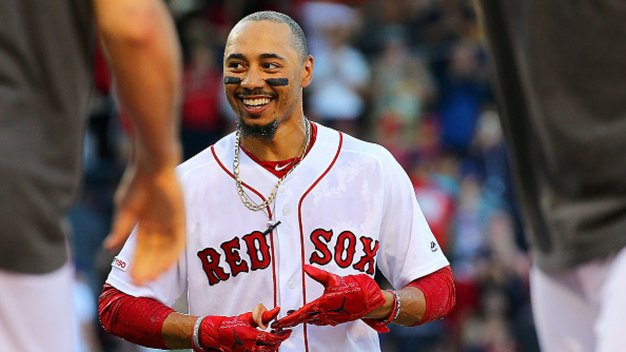 Betts' Bases-Loaded Walk Gives Red Sox 4-3 Win Over Rangers