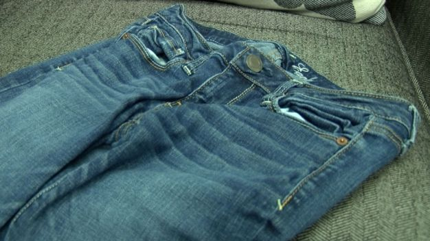 Schools May Ban 'Skinny Jeans'