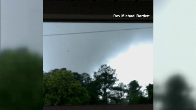 North Carolina Tornado Caught on Video