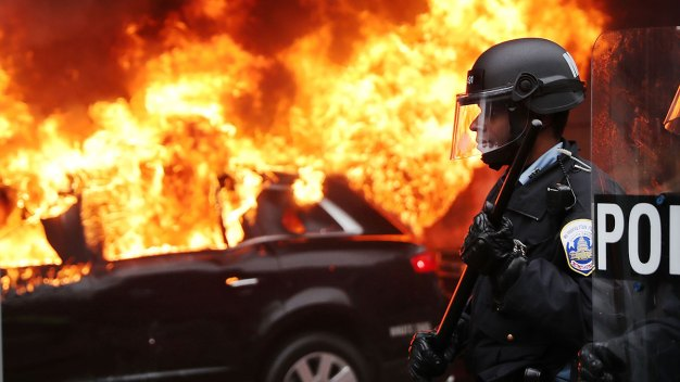 Protests Turn Violent Before Inauguration