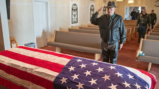 Man Achieves Goal to Have Father Buried With Military Honors