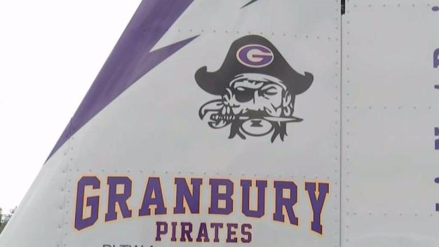 Granbury HS Students Build Plane, Prepare for Flight