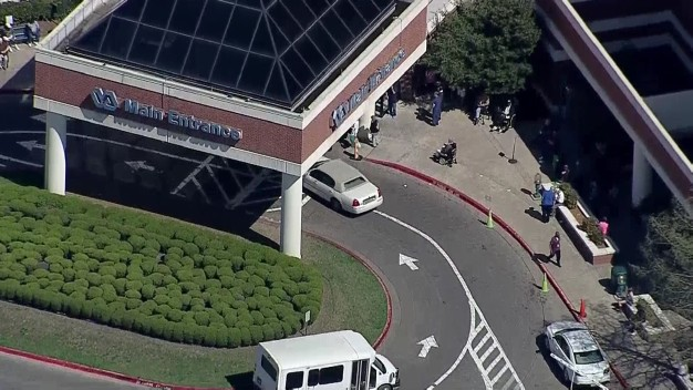 Suspicious Device Found, Dallas VA Medical Center Evacuated