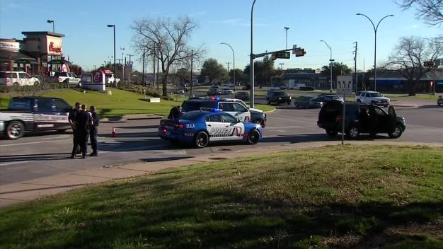 Jogger Shoots Would-be Armed Robber in Southwest Arlington: Police (Raw Video)