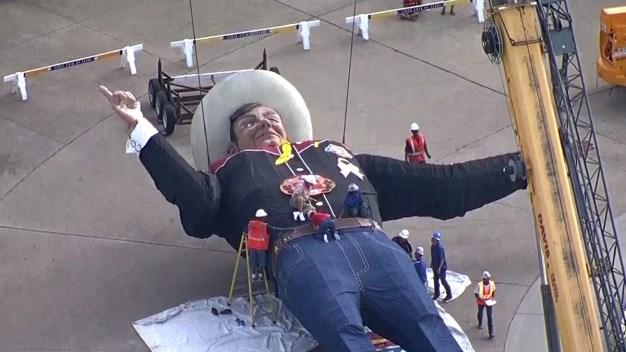 Crews Raise Big Tex Over Fair Park
