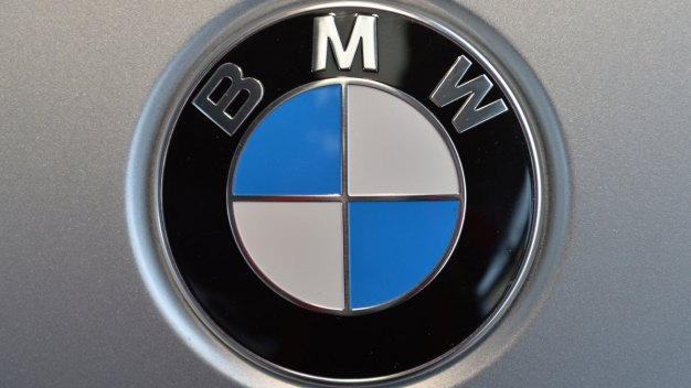 BMW Recalls 7-Series Cars Because Doors Can Fly Open}