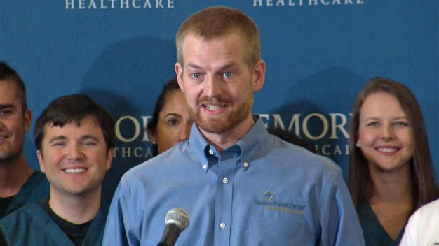 Ebola Survivor Brantly Donates Blood to Help Save Life