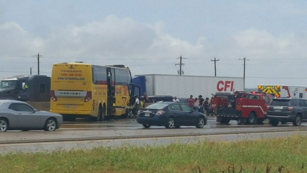 Bus Crash Causes Delay on Interstate 35