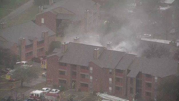 Mesquite Firefighters Battle 2-Alarm Apartment Fire