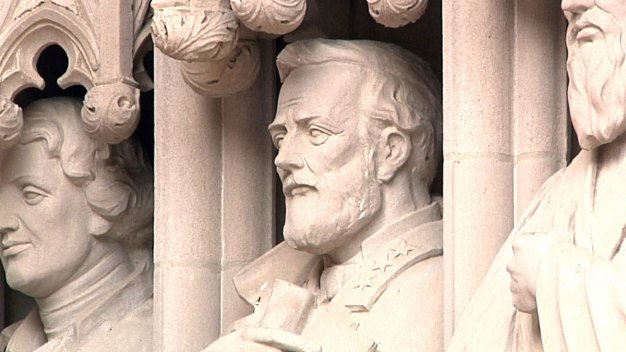 Duke University Removes Statue of Robert E. Lee