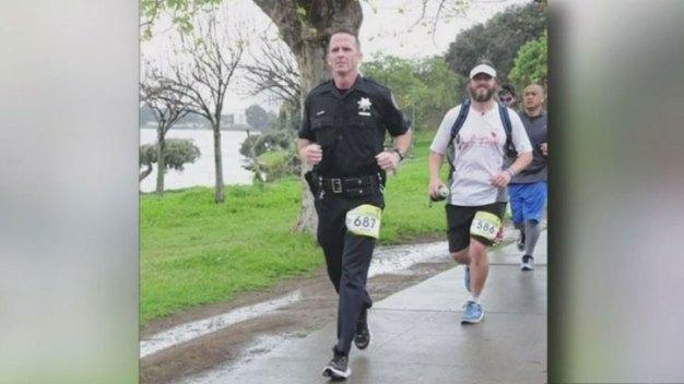 SF Bay Area Police Run Dallas Marathon for Slain Officers