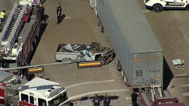 Crash Closes I-20 EB Service Road in Dallas