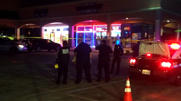 Off-Duty Officer Breaking up Fight Shoots at Man