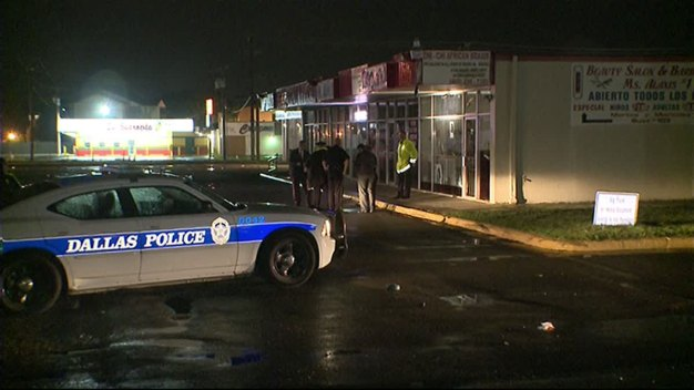 Woman Shot in the Neck During Dallas Robbery