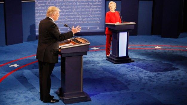Clinton, Trump Battle Fiercely Over Taxes, Race, Terror