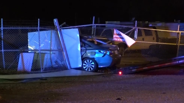 2 Injured in Crash After Police Chase in Dallas