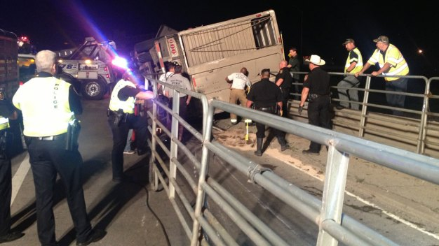 Overturned Cattle Truck Closes Fort Worth Ramp