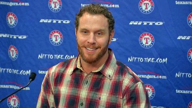 Josh Hamilton Returning to Rangers