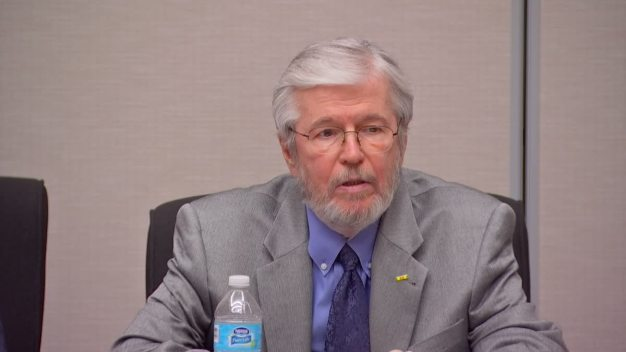 DCS Board Member Larry Duncan Resigns