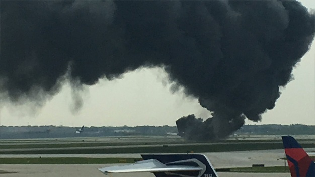 American Airlines Plane Fire in Chicago
