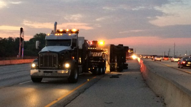 I-35E Reopens After Tractor-Trailer Crash