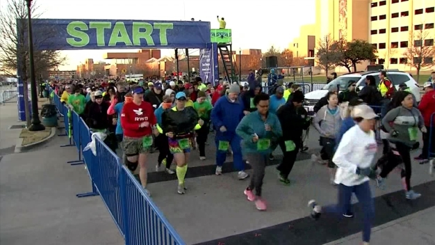 The Cowtown 5K and 10K Off And Running