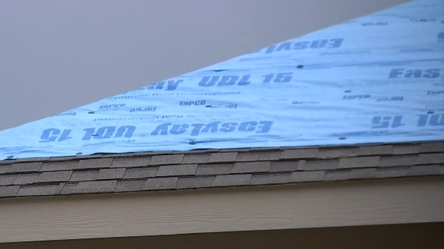 Arlington Residents Want Answers After Roofing Co. Goes MIA