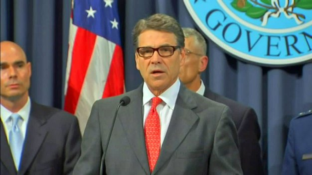 Perry Says He'll Send National Guard Troops to Border