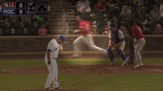 Must-See Sports: Basebrawl, NY Pitcher Falls