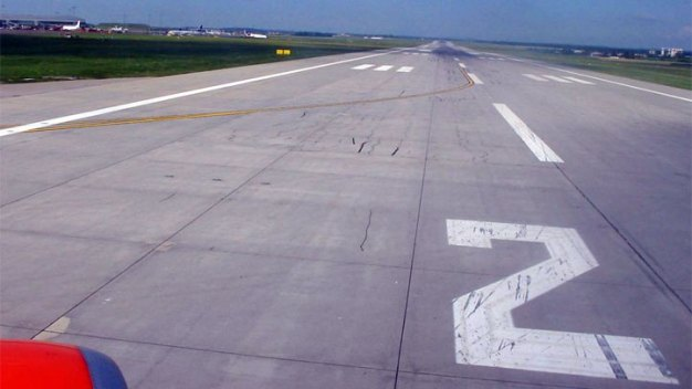 Landing Gear Collapses, Plane Leaves Runway at Meacham: FAA