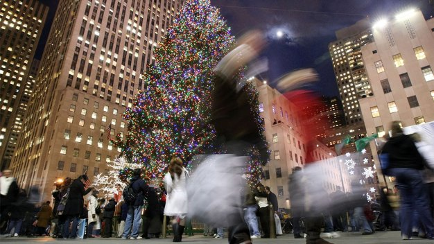 Struggling Retailers Have No Room for Error Over Holidays