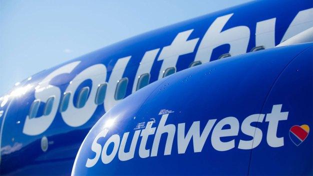Southwest Shares Slip After New Plane Shipment Delay