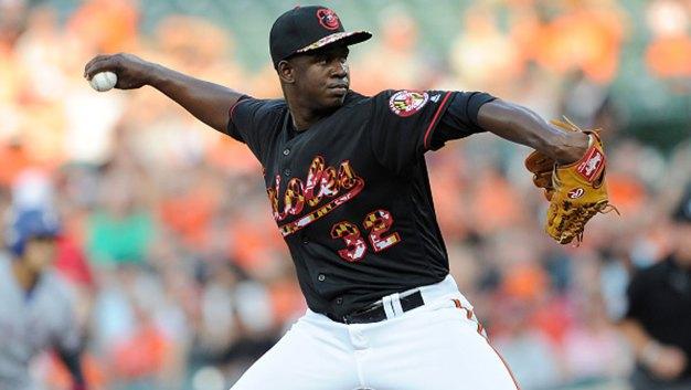 Orioles Use Combined 4-Hitter, Schoop RBI to Beat Rangers