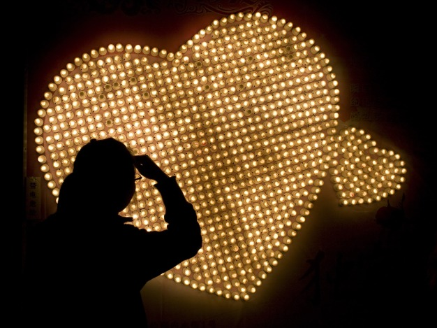 Valentine's Day Single's Survival Guide: Ladies